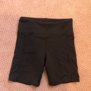 Alo Yoga Shorts - XXS